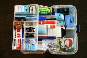 wedding-day-emergency-survival-kit (300x200)